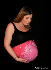 Bellypaint gemaakt tijdens de LadiesNight in Doetinchem