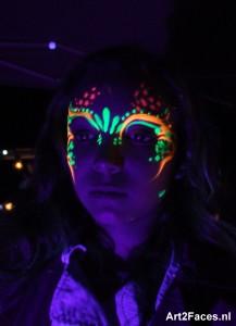 blacklightparty schmink